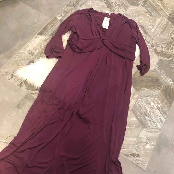 Boutique style long plum plus size dress 2X NWT